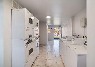 spot_2017_laundry_2